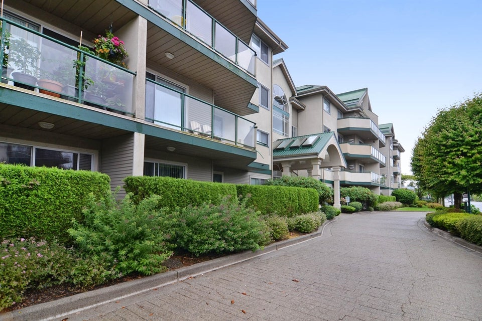 # 110 32044 OLD YALE RD - Abbotsford West Apartment/Condo for sale, 2 Bedrooms (F1442700) #1