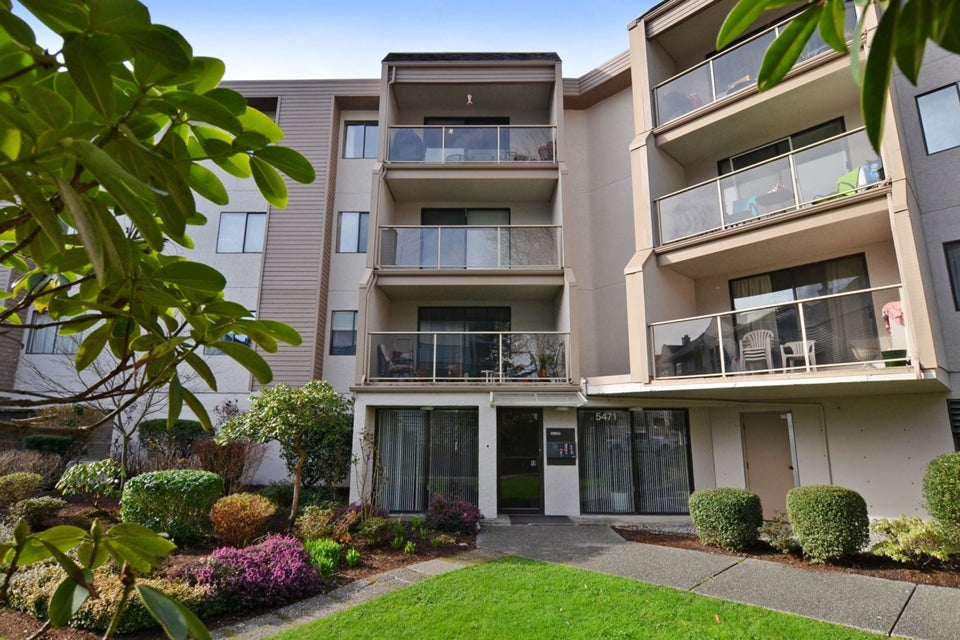 # 111 5471 ARCADIA RD - Brighouse Apartment/Condo for sale, 2 Bedrooms (V1104848) #1