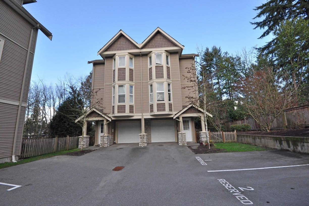 21 33321 GEORGE FERGUSON WAY - Central Abbotsford Townhouse for sale, 3 Bedrooms (R2038266) #1