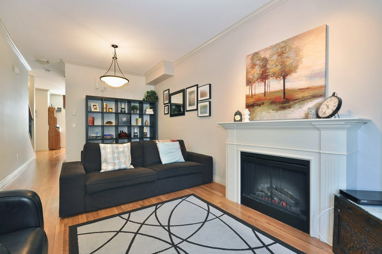 21 33321 GEORGE FERGUSON WAY - Central Abbotsford Townhouse for sale, 3 Bedrooms (R2038266) #3